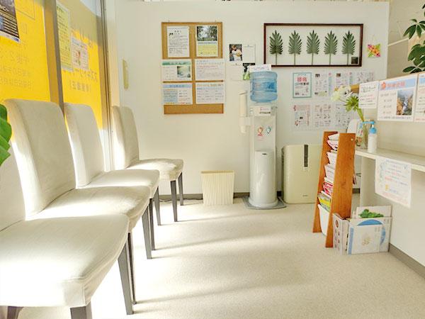 いまい鍼灸整骨院待合室